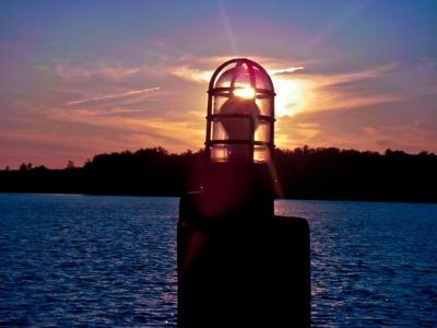 twilight-river-afternoon-sun-water-light-lantern
